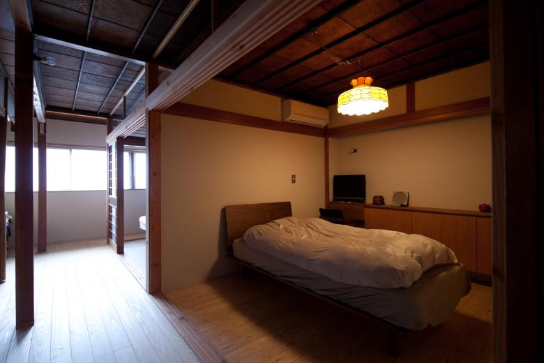 07廊下と寝室2